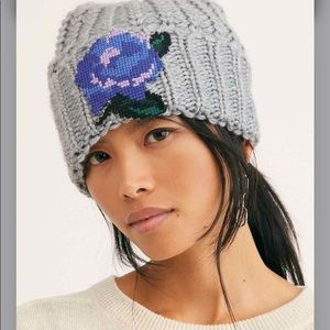 "Free People ""Everything Rosy Beanie"""